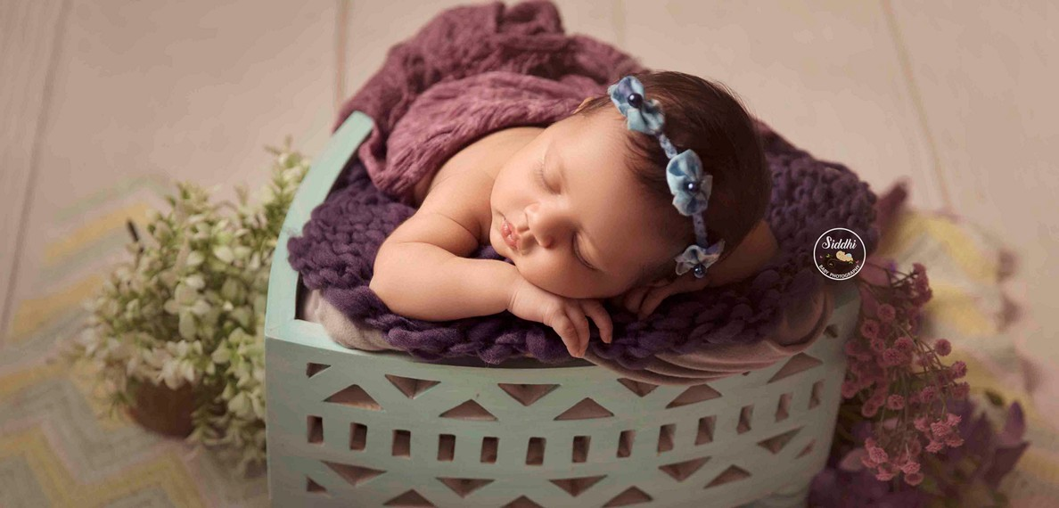 newborn photography, props for newborn photography, newborn photography props, newborn photography Mumbai, newborn photography poses, newborn photography ideas, Best in Rajkot Ahmedabad Gujarat 2