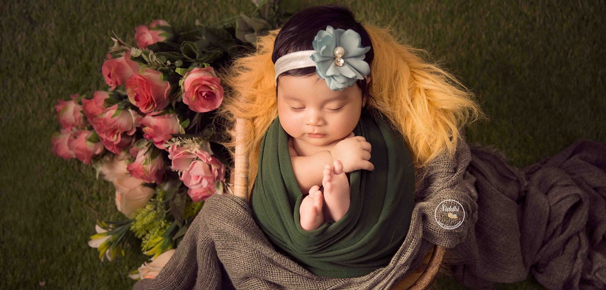 newborn photography, props for newborn photography, newborn photography props, newborn photography Mumbai, newborn photography poses, newborn photography ideas, Best in Rajkot Gujarat India0